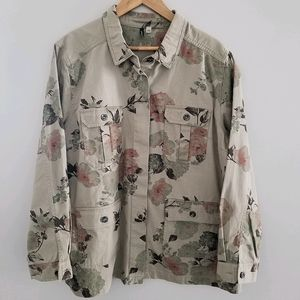 Amanda Green floral camouflage button down jacket